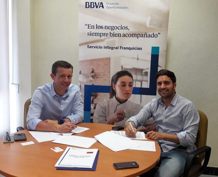 Brasa Away firma un acuerdo de colaboración con BBVA